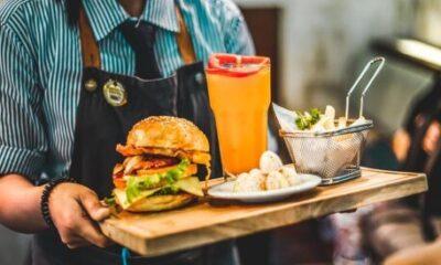 美国餐馆工作必备常识:9大工种及工资标准